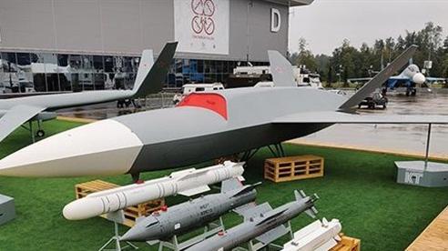 Nga sản xuất UAV mang tên lửa như tiêm kích