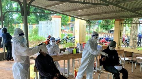 Nhiều ổ dịch Covid-19 không rõ nguồn lây trong vùng đồng bào dân tộc thiểu số ở Đắk Lắk