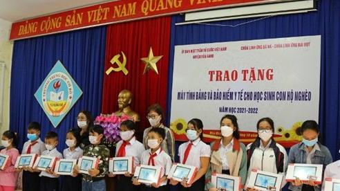 Hưởng ứng Chương trình 'Sóng và máy tính cho em' tại Đà Nẵng