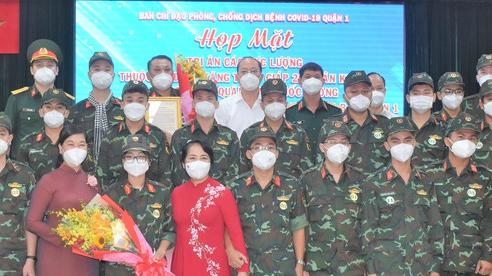 Không thể nào quên hình ảnh cán bộ, chiến sĩ giúp TPHCM chống dịch Covid-19