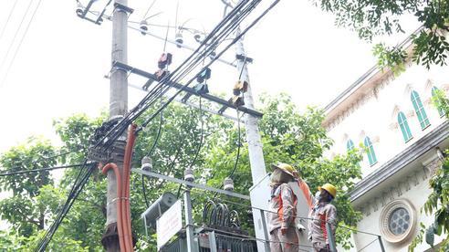 EVNNPC nỗ lực kéo giảm tổn thất điện năng