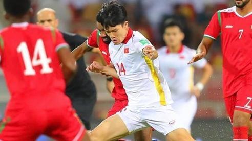 Tuyển Việt Nam thua Oman: Khi 'ngôi sao' là... trọng tài, VAR!