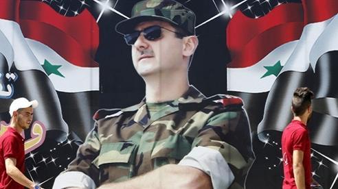 Đã đến lúc Mỹ buông bỏ 'Sợi gân gà' Syria?