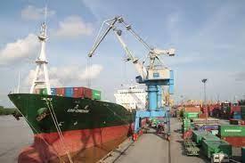 Tìm cơ chế đặc biệt phát triển vận tải ven biển