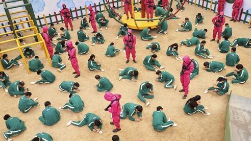 Công nhân Hàn Quốc ảnh hưởng tâm lý bởi phim 'Trò chơi con mực'