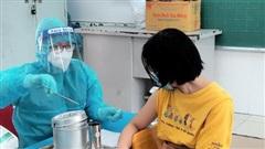 TPHCM: 98,6% người trên 18 tuổi đã tiêm 1 mũi vaccine, 4 quận huyện đã tiêm đủ 2 mũi