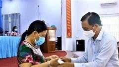 Bình Dương: Bà Lê Thị Yến liên hệ Trưởng khu phố để nhận hỗ trợ