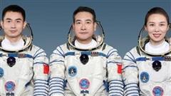 Trung Quốc đưa nữ phi hành gia đầu tiên lên trạm vũ trụ