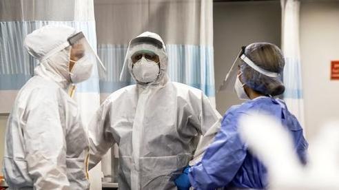 Giảm hơn 80% ca nhiễm Covid-19 mỗi ngày, Israel đã làm gì?