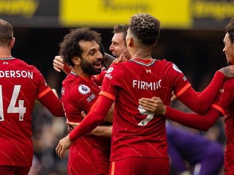 Liverpool tạm chiếm ngôi đầu Premier League sau chiến thắng vùi dập