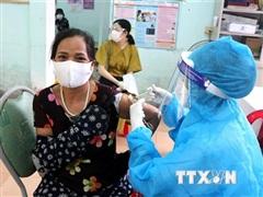 Phối hợp chặt để giải quyết vấn đề tiêm vaccine phòng COVID-19