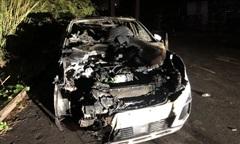 Bắt đối tượng tưới xăng đốt xe ôtô của sếp công ty vợ vì ghen tuông