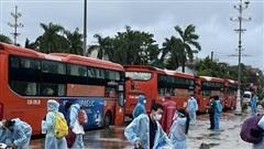 Quảng Ngãi tiếp tục đón 1.360 người dân về quê