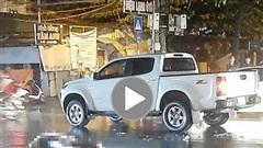 Nam thanh niên tử vong sau cú ngã vào đầu xe ô tô