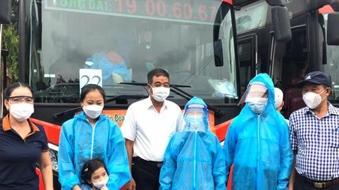 Đưa hơn 800 công dân Hà Tĩnh từ miền Nam về quê