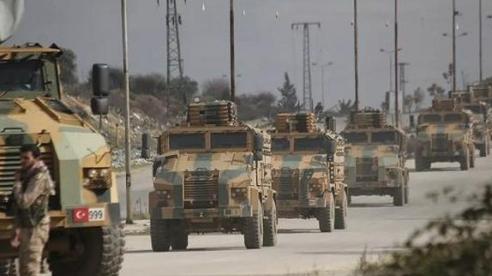 Đoàn xe quân sự Thổ Nhĩ Kỳ bị phục kích ở Idlib, ghi nhận có thương vong