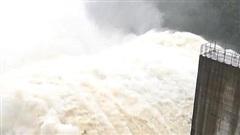 Quảng Nam mưa lớn, 3 thủy điện xả lũ về sông Vu Gia lên đến 4.807 m3/giây