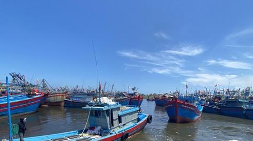 Quảng Ngãi tích cực tìm kiếm 4 ngư dân mất tích trên biển