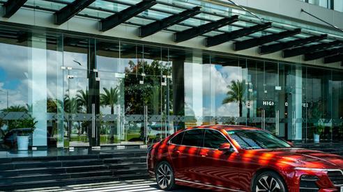 Mua online xe VinFast được tặng 'ưu đãi kép' hàng trăm triệu đồng