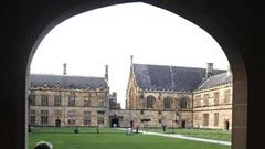 Du học sinh tuyệt vọng vì 2 năm vẫn chưa thể đến Úc