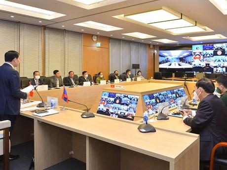 Các Ủy ban của Quốc hội Việt Nam-Lào trao đổi kinh nghiệm