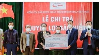 Một khách hàng ở Nghệ An được Prudential Việt Nam chi trả bảo hiểm hơn một tỷ đồng