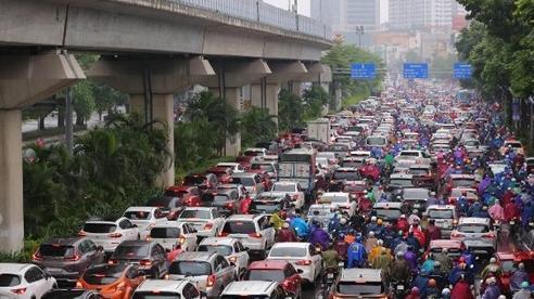 Đường phố Hà Nội tắc nghẽn sáng đầu tuần