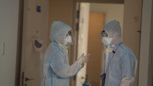 3.200 nhân viên y tế lây nhiễm Covid-19 khi làm nhiệm vụ, 6 người tử vong
