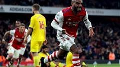 Sao Nhật Bản thoát thẻ đỏ, Arsenal suýt bại trận trước 'cố nhân' Vieira