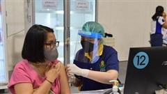 70% dân số Bangkok đã được tiêm 2 mũi vaccine ngừa Covid-19