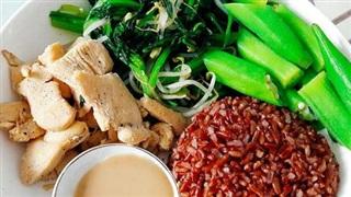 Chuyên gia dinh dưỡng chỉ cách chế biến gạo lứt cho người cao tuổi, người bệnh đái tháo đường