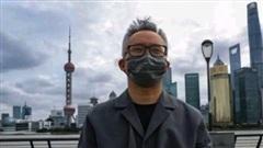 Xôn xao vụ việc người đàn ông Trung Quốc ném 1.000 hạt vàng nguyên chất xuống sông