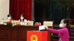 NÓNG: HĐND TP HCM vừa bầu bổ sung nhân sự UBND TP HCM