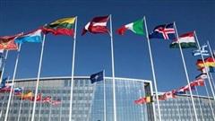 Leo thang căng thẳng ngoại giao Nga - NATO