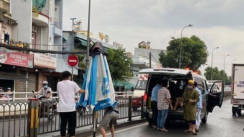 TP.HCM: Người phụ nữ bị xe tải cán tử vong gần cầu Chánh Hưng
