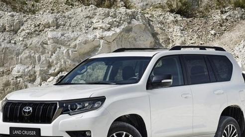 Nhiều đại lý nhận đặt cọc Toyota Land Cruiser Prado 2021, giá dự kiến hơn 2,5 tỷ đồng
