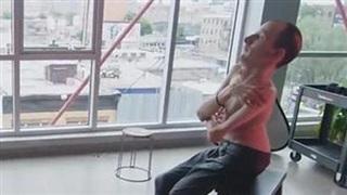 Bi kịch 'người đàn ông hóa đá': Khi các cơ bị biến thành xương
