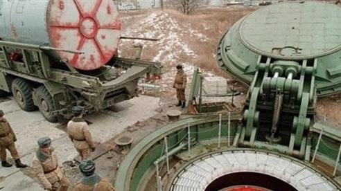 NATO đối mặt vũ khí khủng hơn 'Bàn tay thần chết'