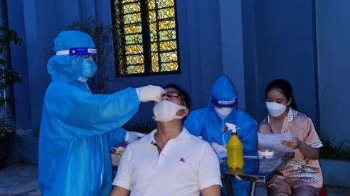 Xuất hiện chùm ca bệnh Covid-19 trong xưởng may ở Nghệ An