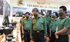 Bộ trưởng Tô Lâm làm việc với Viện KH&CN Bộ Công an