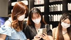 Samsung68 mở cửa trở lại, khách mua hàng nhận quà 'khủng'