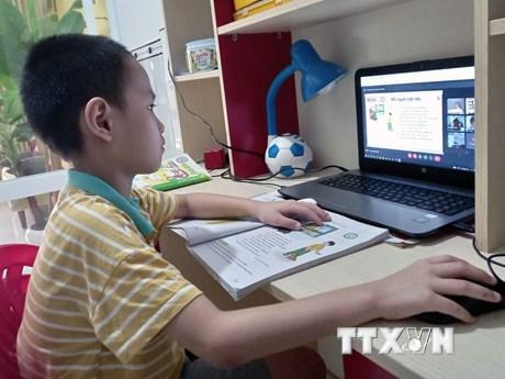 Xuất hiện các ca mắc, Hải Dương, Bình Định chuyển sang học trực tuyến