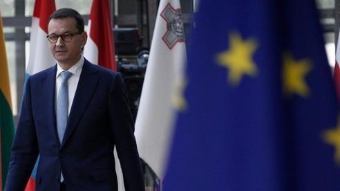 Căng thẳng leo thang với EU, Ba Lan thề không cúi đầu, Đức ra mặt