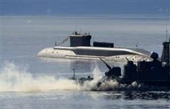 Tàu ngầm Knyaz Oleg Hải quân Nga bắn tên lửa xuyên lục địa Bulava