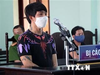 18 tháng tù giam cho đối tượng đâm người canh chốt kiểm soát dịch