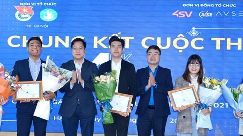 Đội Phoenix đoạt giải Nhất cuộc thi sáng tạo và tăng trưởng sinh viên