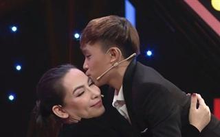Xuất hiện clip cố ca sĩ Phi Nhung xin ý kiến Hồ Văn Cường lấy tiền để dành đi từ thiện miền Trung