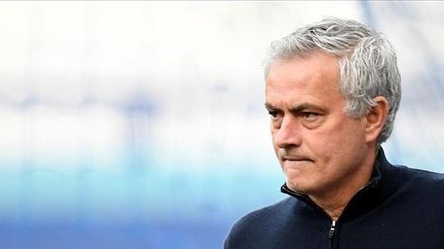 Jose Mourinho: Người đặc biệt và cách kiếm tiền cũng đặc biệt