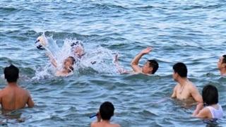 Thông chốt, dân Sài Gòn đi chơi Khánh Hòa, Bình Định, Phú Yên
