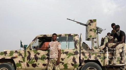 Nhà tù Nigeria bị các tay súng đột kích, 575 tù nhân đào tẩu thành công